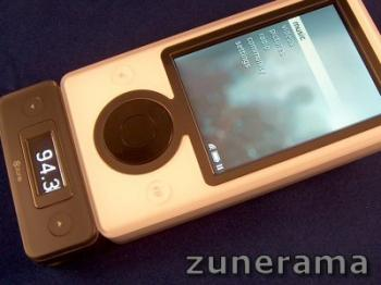 Zune FM transmitter for Microsoft Zune media player