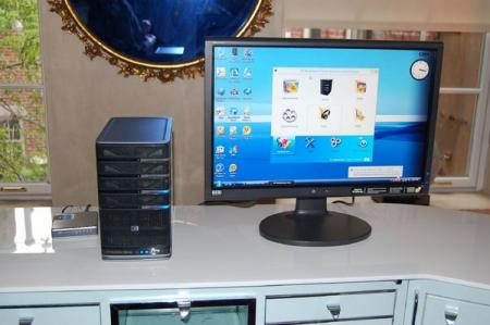 Microsoft Windows Home Server media hub